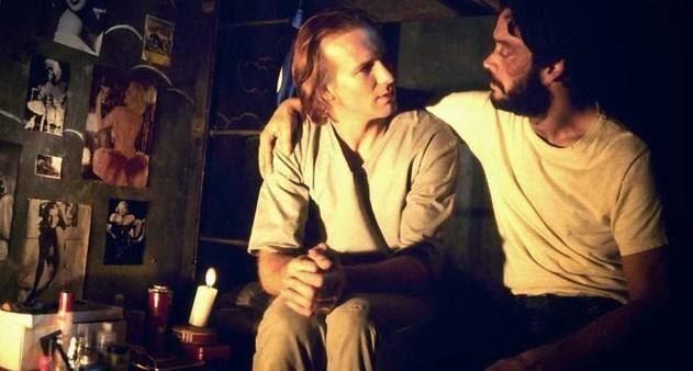 William Hurt em cena do filme 'O beijo da Mulher Aranha', de Hector Babenco, onde dois homens dividem uma mesma cela, um hetero e um homossexual