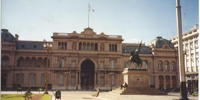 Plaza de Mayo, Buenos Aires, palco de luta histórica pela justiça (Foto José Pedro Martins)