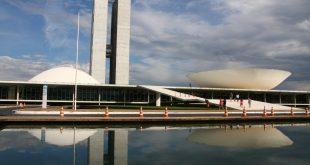 Toda atenção no Congresso Nacional para propostas que flexibilizam o licenciamento ambiental (Foto Adriano Rosa)