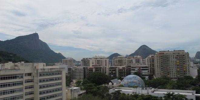 Campus da PUC-Rio, onde aprendi a amar ainda mais a cidade que sofre e continua fascinando (Foto José Pedro Martins)