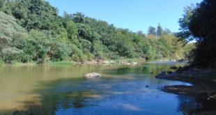 Rio Atibaia, em Sousas, um dos pontos críticos em discussão no novo Plano Diretor de Campinas (Foto José Pedro Martins)