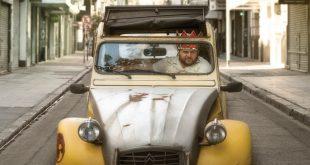 """Em """"O Décimo Homem"""", Ariel (interpretado por Alan Sabbagh) é um economista  que vive em Nova York e faz uma visita a Once, o bairro argentino. majoritariamente judeu, onde ele cresceu      Fotos: Divulgação"""