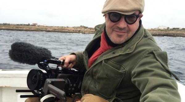 """Gianfranco Rosi, diretor: """"Escrevo o roteiro com a câmera, enquanto filmo. Prefiro descobrir lugares e pessoas, ganhar a confiança delas e filmá-las em suas rotinas. Um roteiro é uma forma de limitação"""""""