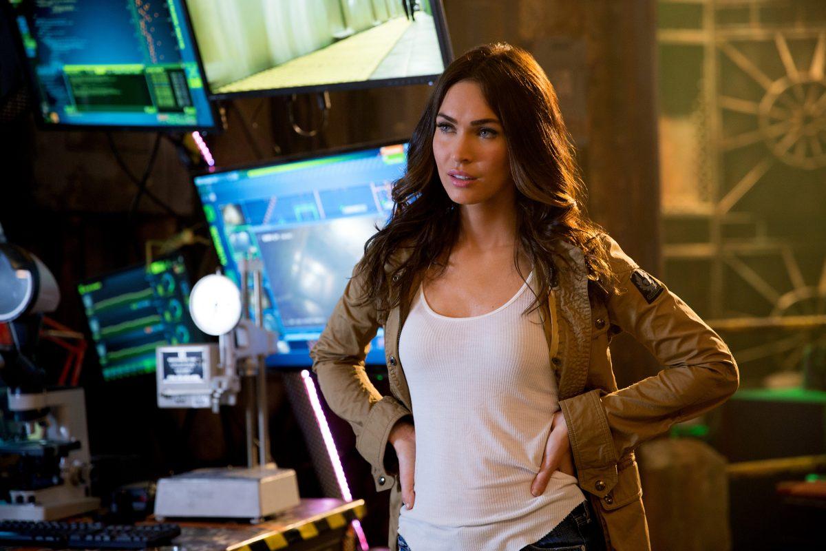 "Megan Fox como April O'Neil, a ""amiga-humana-bonita-confiável-esperta que se espera"""