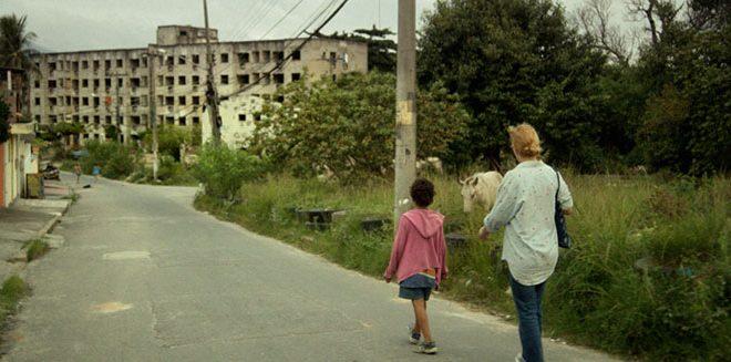 Em seu terceiro longa, Sandra Kogut retrata a aventura de uma mulher da Zona Sul pelo subúrbio carioca da cidade maravilhosa    Fotos: Divulgação