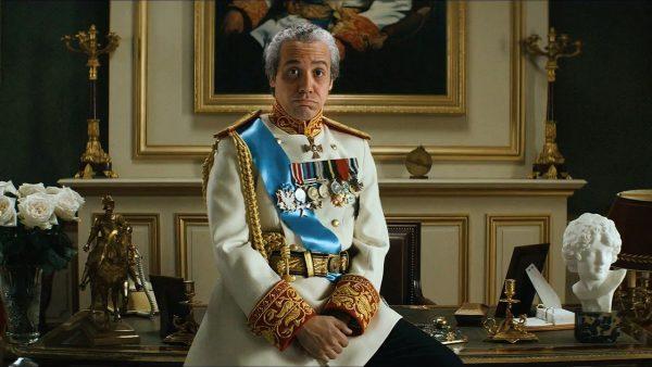 Xá Reza Pahlevi (Alexandre Astier)