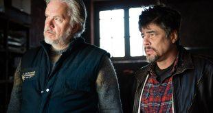 Tim Robbins e Benicio Del Toro encabeçam o elenco do filme de Fernando Léon de Aranoa que mostra a perspectiva da guerra dos Balcãs