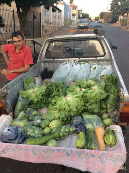 Olha o verdureiro! (Foto André Sarria)