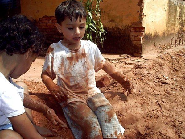 Gabriel: terra e água moldando o ser humano (Foto André Sarria)